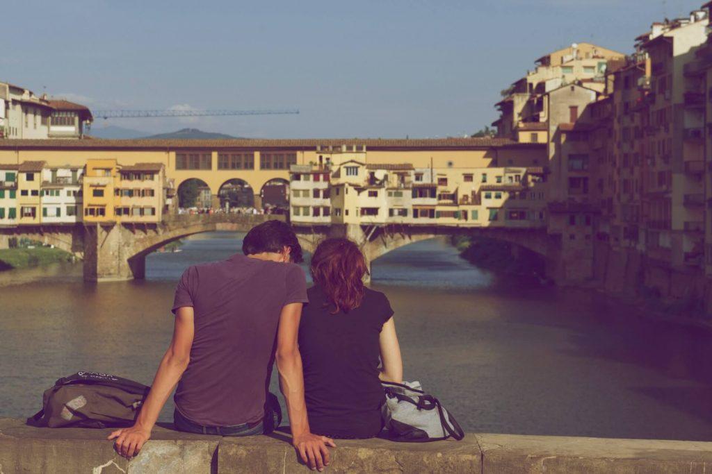Freundin überraschen romantisch Kurztrip